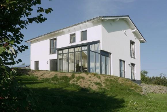 Haus mit Nutzung regenerativer Energien